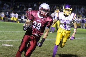 Sequoits shut down Wauconda with defense in 28-12 win