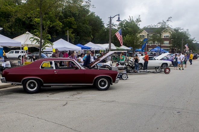 Weather diminishes car show entries
