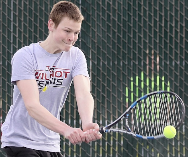 BOYS TENNIS: Central seeks to stay among SLC leaders