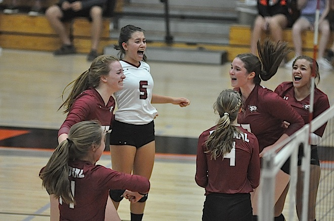 SLC VOLLEYBALL: Westosha's Muff takes first team girls volleyball honors