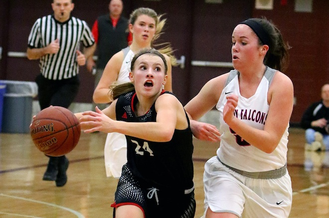 GIRLS BASKETBALL: Panthers drub host Westosha