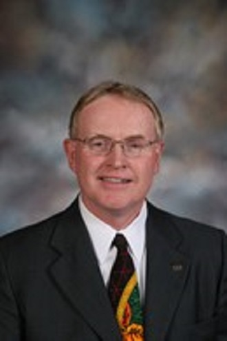 Central district administrator to retire