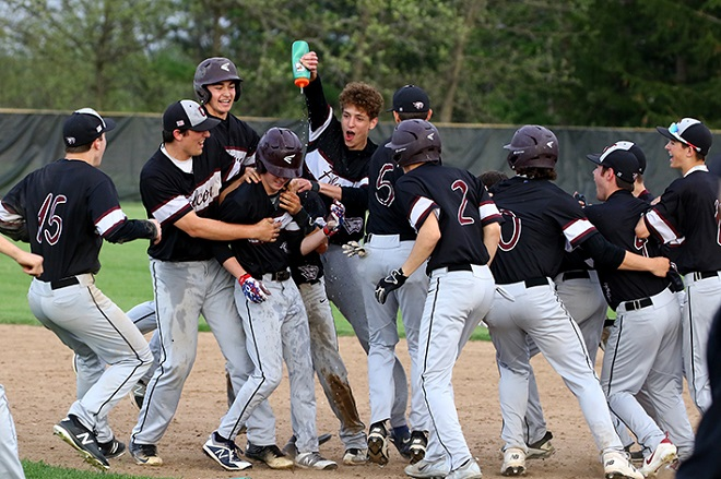 BASEBALL: Falcons avenge loss to split with Wilmot