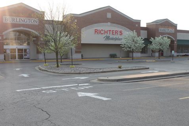 Developing: Richter's Marketplace announces Burlington closure